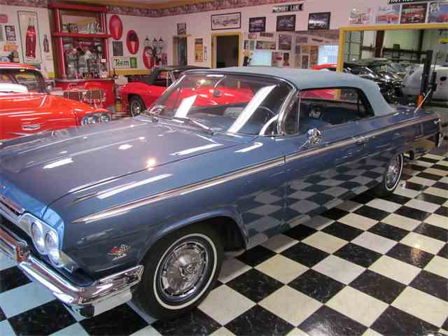 1962 Chevrolet Impala | 947827
