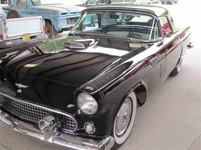1956 Ford Thunderbird   947849