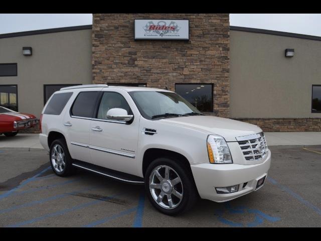 2011 Cadillac Escalade | 940805