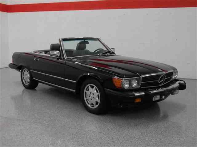 1989 Mercedes-Benz 560 | 948121