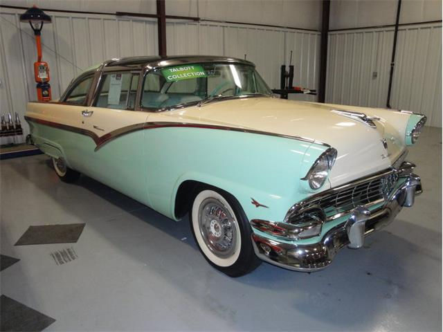 1956 Ford Crown Victoria | 948232