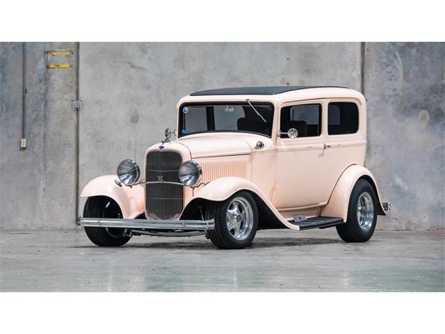 1932 Ford Sedan | 948588