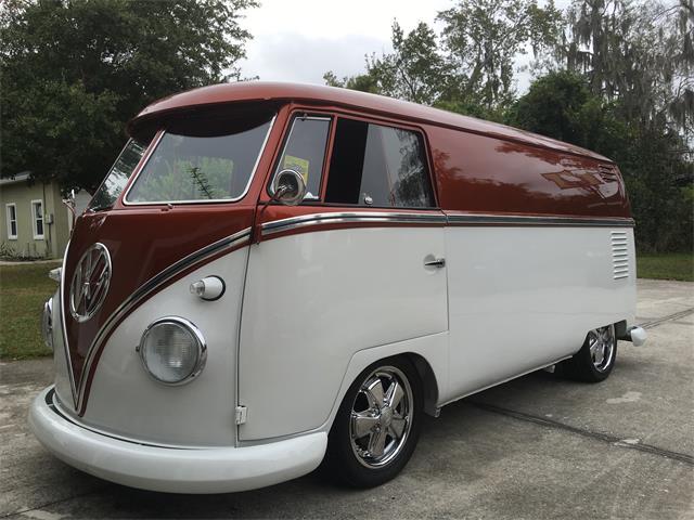 1960 Volkswagen Bus | 948620