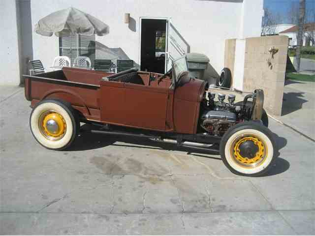 1929 Ford Roadster | 948781