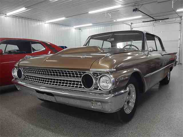 1961 Ford Galaxie | 949076