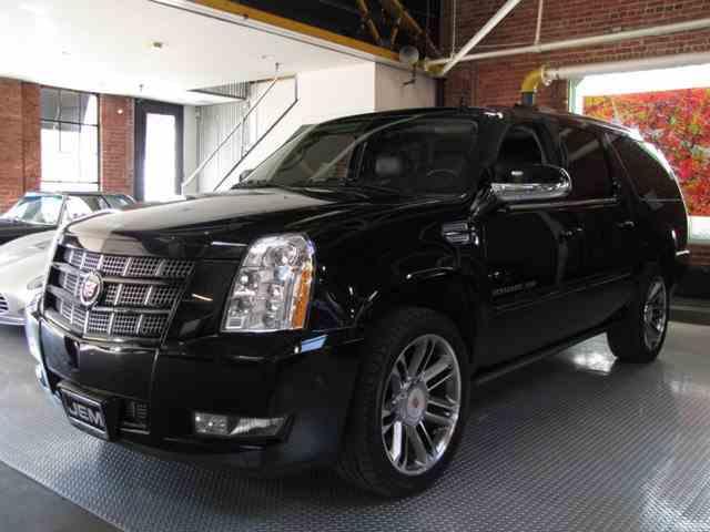2012 Cadillac Escalade | 949211