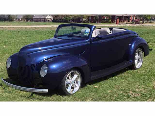 1939 Ford Convertible | 949216