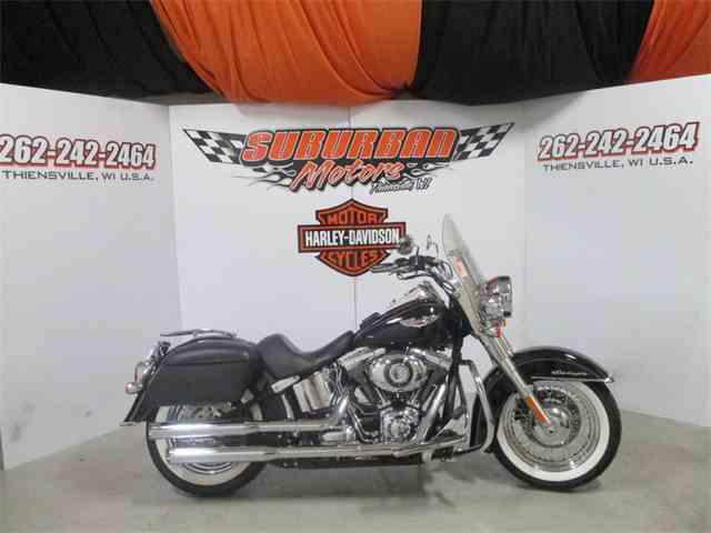 2013 Harley-Davidson® FLSTN - Softail® Deluxe | 949322