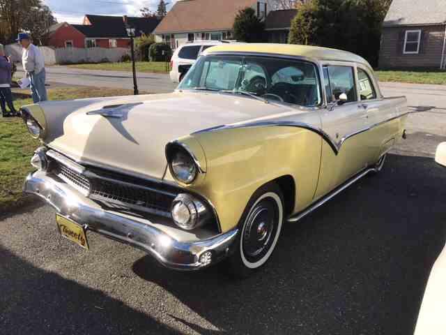1955 Ford Victoria | 940934