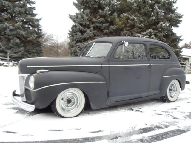 1941 Ford 2-Dr Sedan | 949372