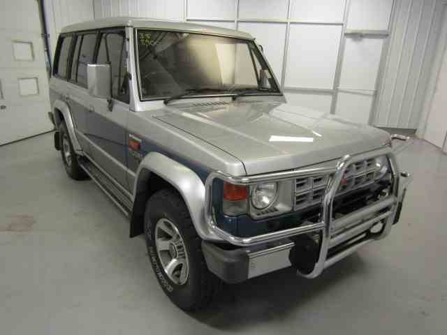 1990 Mitsubishi Pajero | 949637