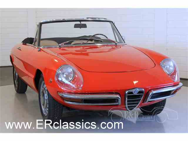 1969 Alfa Romeo Duetto   949642