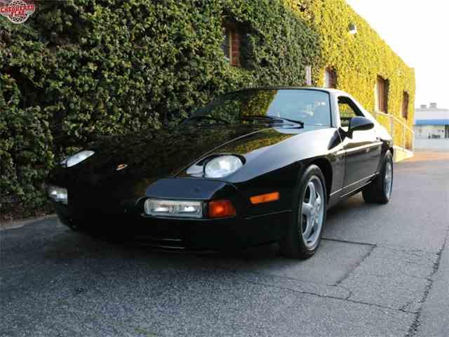 1994 Porsche 928 | 949680