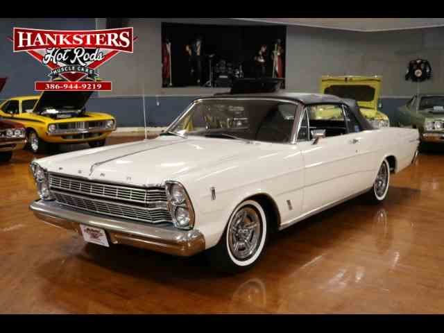 1966 Ford Galaxie 500 | 949735