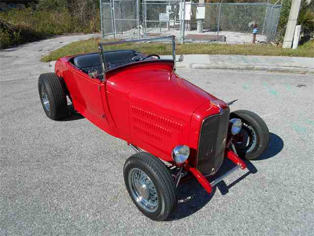 1928 Ford Roadster | 949751