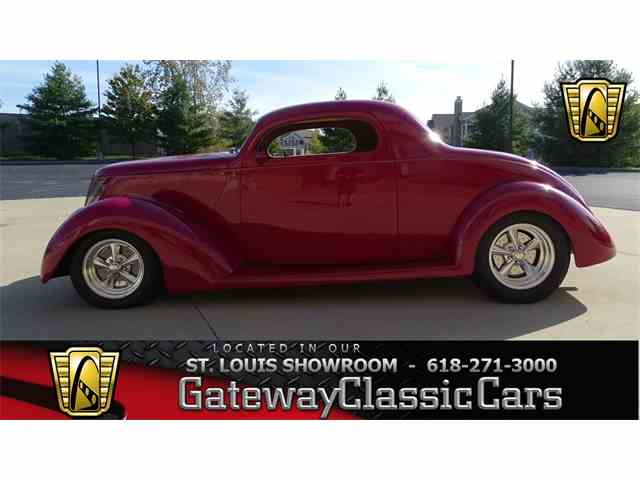 1937 Ford Coupe | 951059