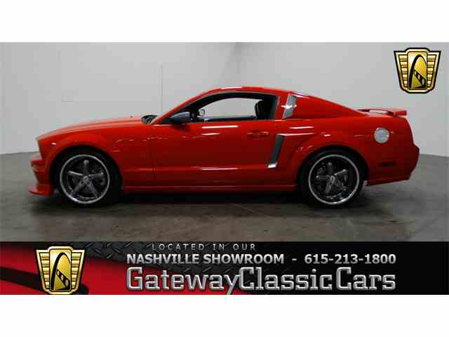 2005 Ford Mustang | 951079