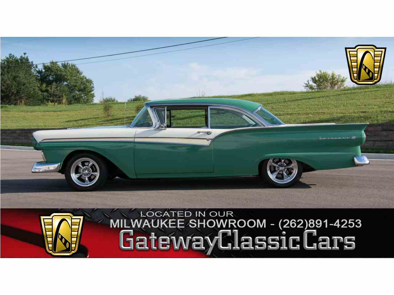 1957 Ford Fairlane for Sale - CC-951425
