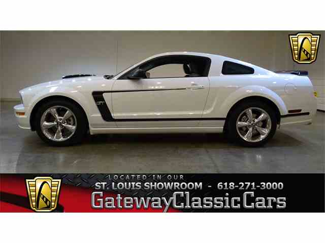 2007 Ford Mustang   951556