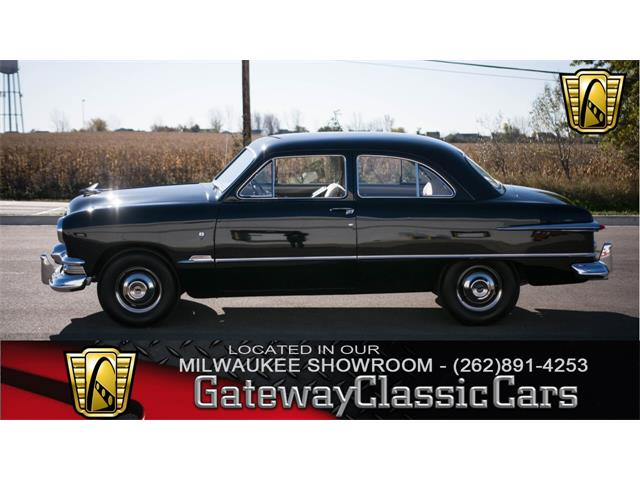 1951 Ford Custom | 951562