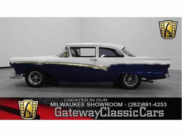 1957 Ford Custom | 951563