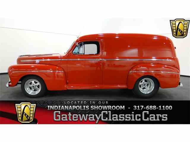 1946 Ford Sedan | 951569