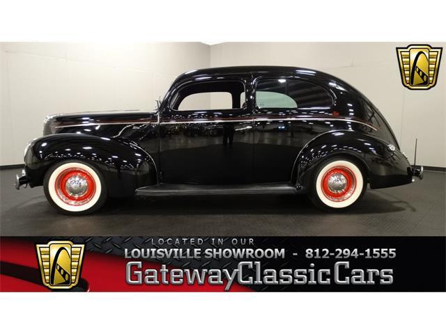 1940 Ford Tudor   951658