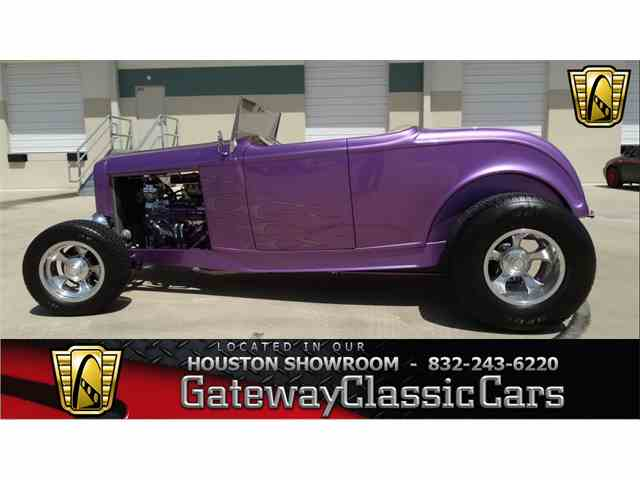 1932 Ford Roadster | 951758
