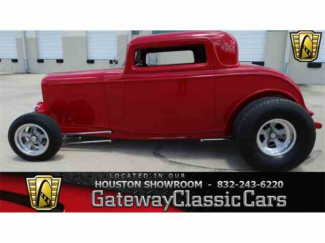 1932 Ford 3 Window | 951832
