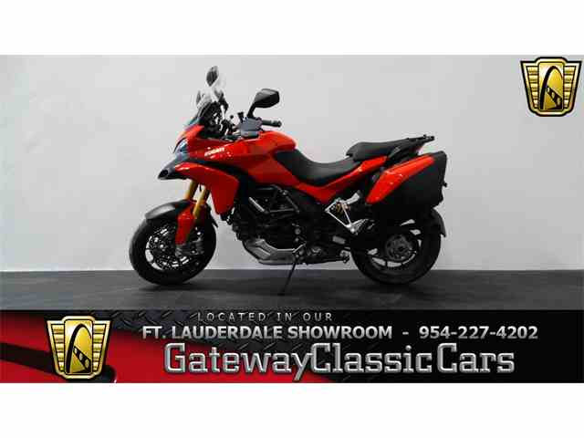 2011 Ducati Motorcycle | 951836