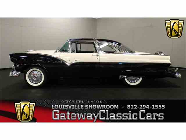1955 Ford Crown Victoria | 951870