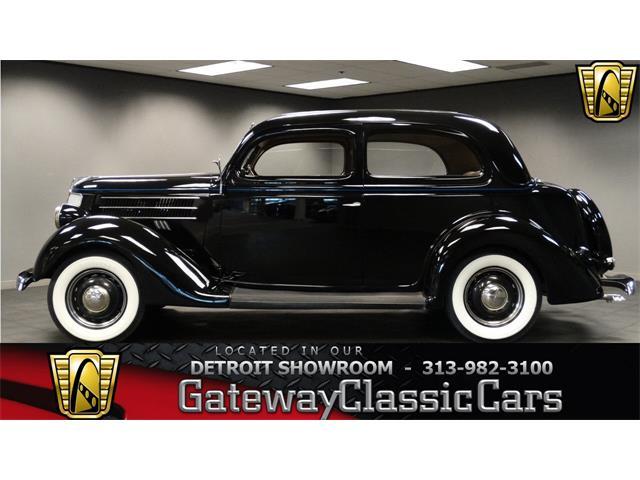 1936 Ford Humpback   952066