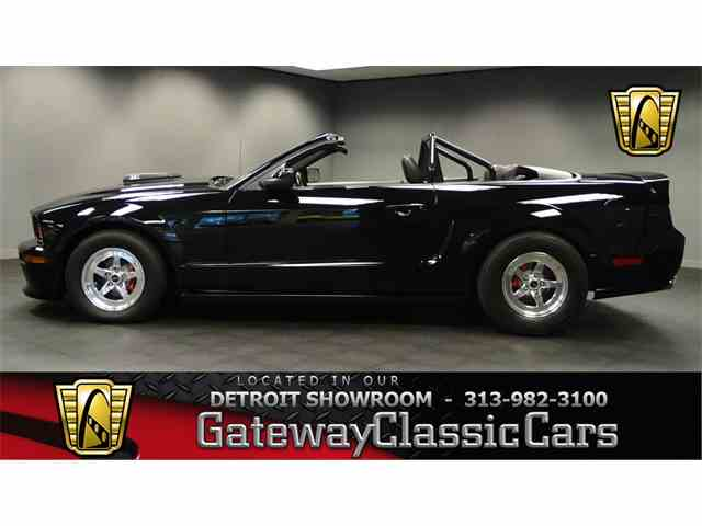 2005 Ford Mustang | 952241
