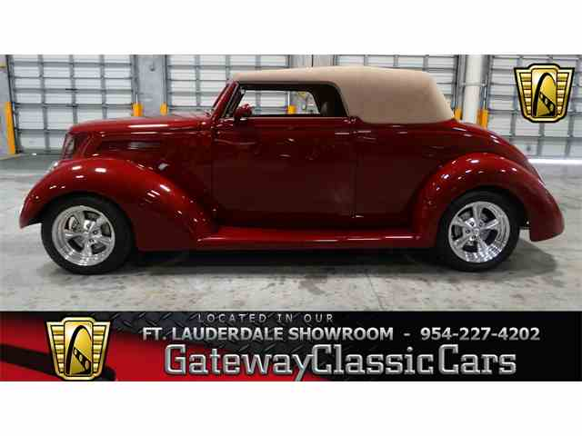 1937 Ford Cabriolet | 952266