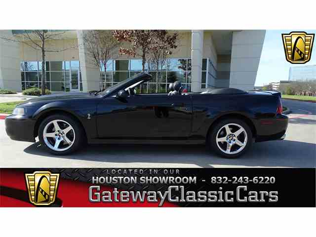 2003 Ford Mustang | 952274