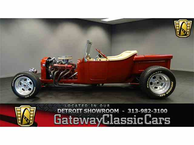 1923 Ford Roadster | 952357