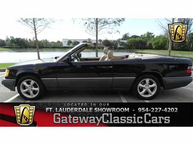 1994 Mercedes-Benz E320 | 952365