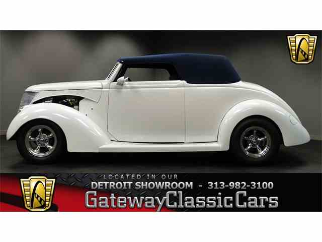 1937 Ford Cabriolet | 952371