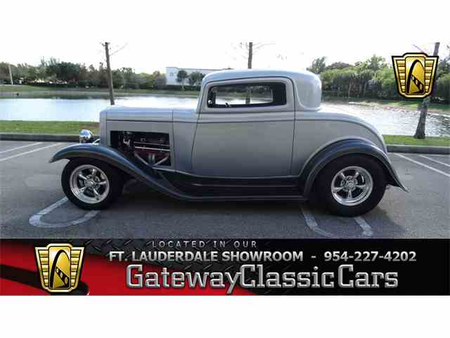 1932 Ford 3 Window | 952378