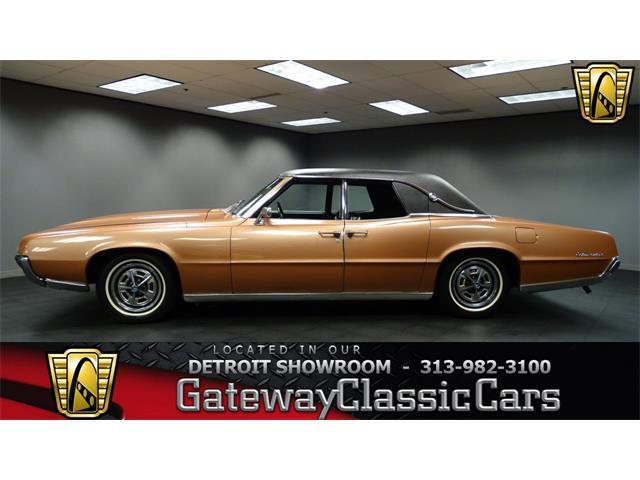 1967 Ford Thunderbird   952458