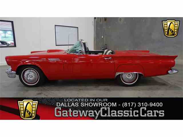 1957 Ford Thunderbird | 952470