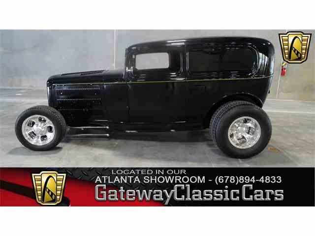 1932 Ford Sedan | 952536