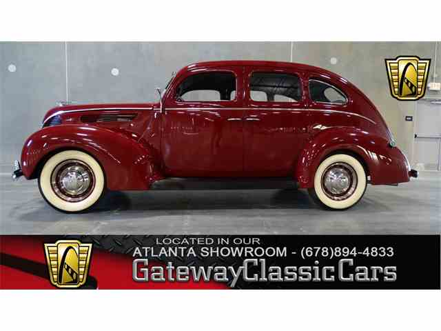 1938 Ford Deluxe | 952554