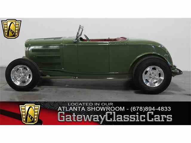 1932 Ford Roadster | 952685
