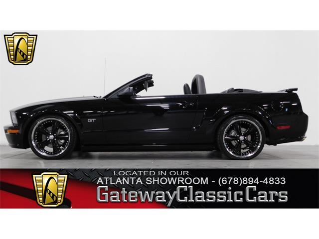 2006 Ford Mustang | 952777