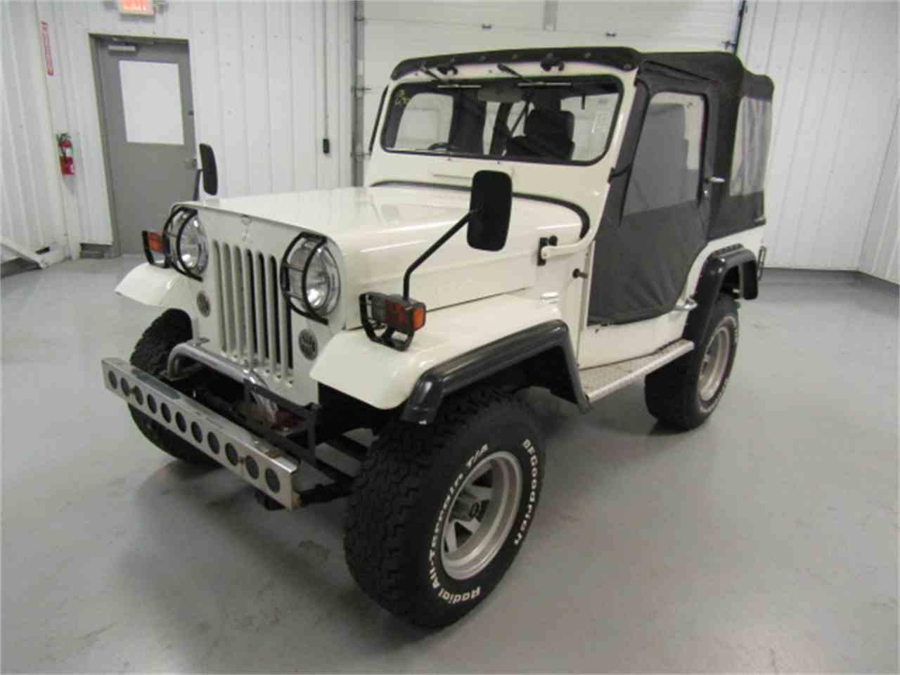 Large Picture of '91 Jeep located in Christiansburg Virginia Offered by Duncan Imports & Classic Cars - KF6X