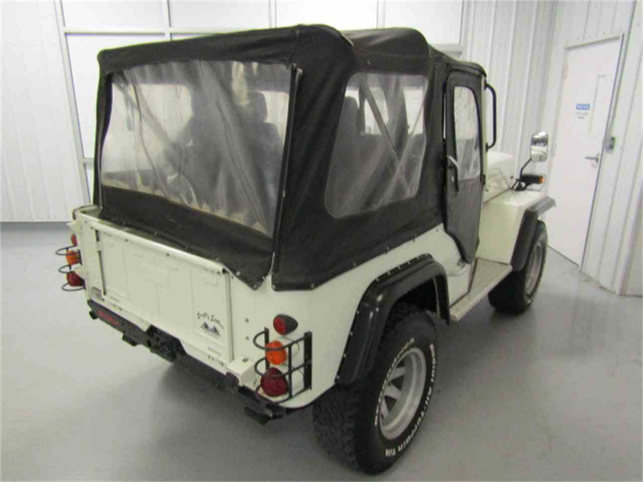 Large Picture of '91 Mitsubishi Jeep located in Virginia - $6,900.00 - KF6X