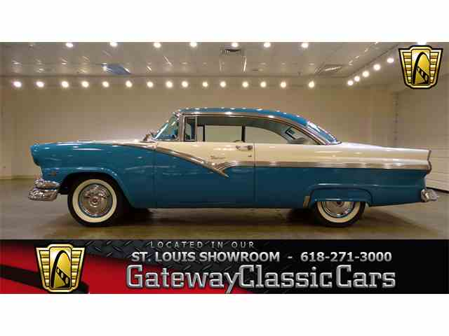 1956 Ford Fairlane | 952849