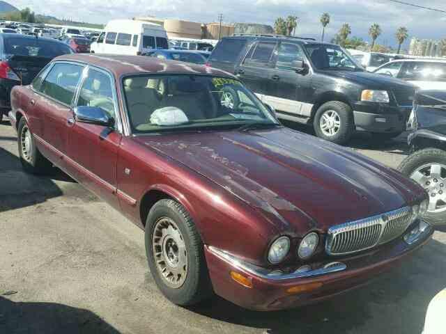 1999 Jaguar XJ | 952922