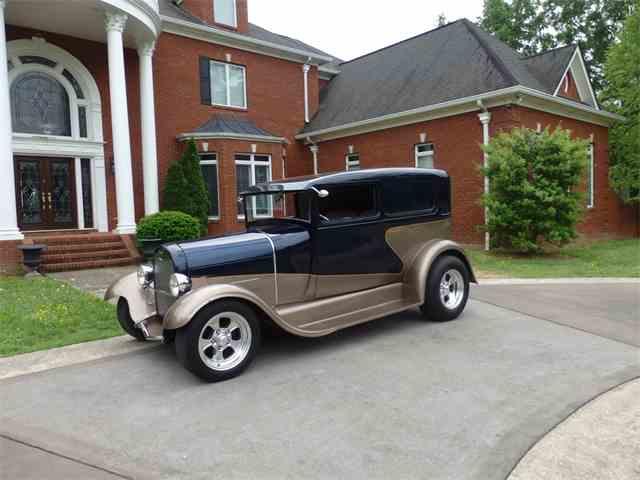 1929 Ford Sedan | 952958